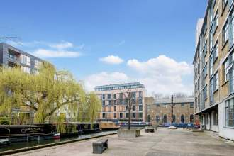Enviable Views in this 1 Bedroom Apartment in the Royle Building, Wenlock Road, N1
