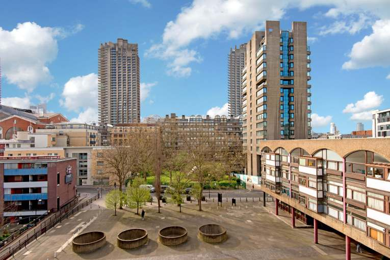 Cullum Welch House, The Golden Lane Estate, EC1Y 0SH, £410,000