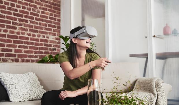 為何科技巨頭開始推「一體式VR」?它是否能成為VR的主流?