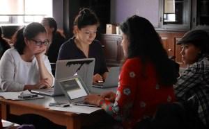 Mujeres latinas programadoras