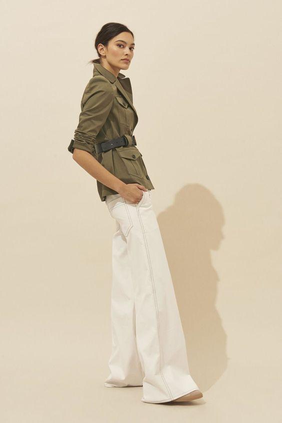 Look femme veste kaki courte style retro chic