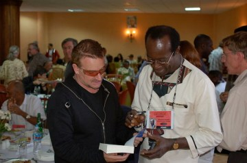 Bono_and_George_Ayittey1