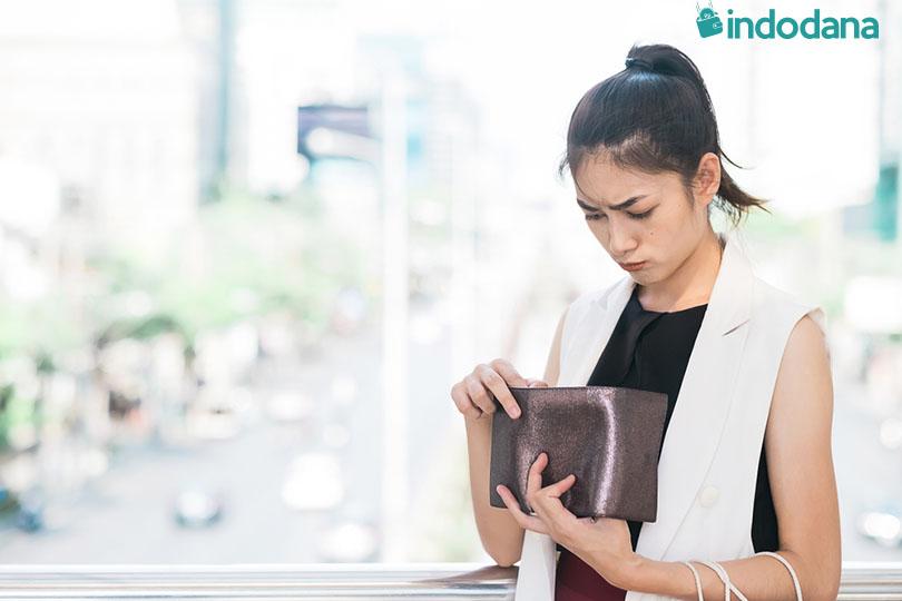 4 Alasan Utama Mengapa Susah Mengatur Keuangan Selagi Muda