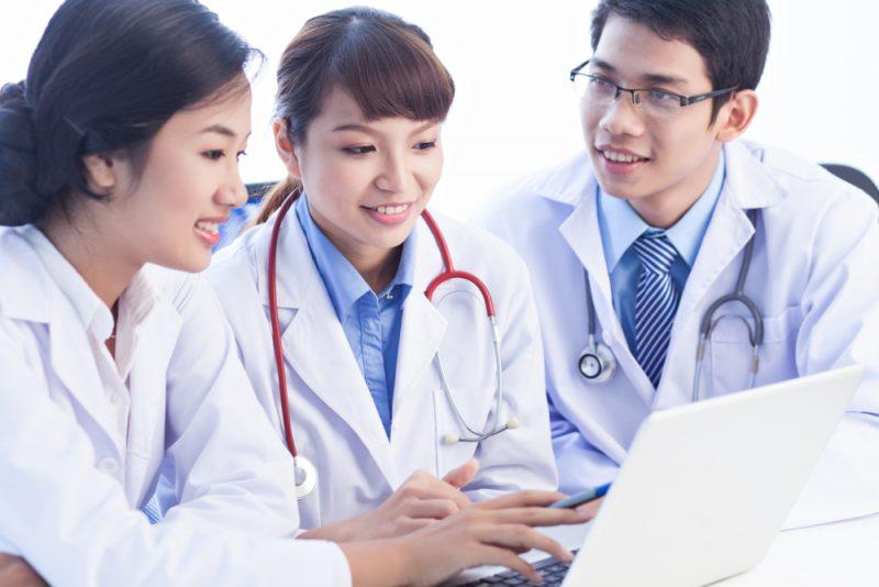 Bekerja di Bidang Kesehatan