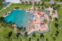 25 of the Most Amazing Pools In Texas | InTheSwim Pool Blog