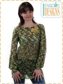 square motif blouse