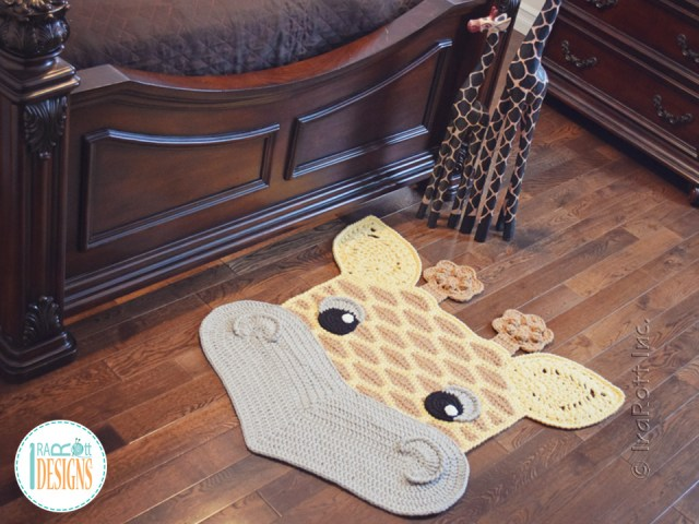 Rusty the Giraffe Rug Patterns by IraRott