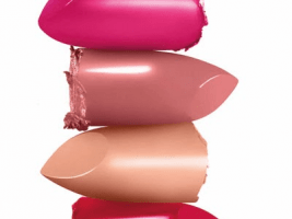 Actualité  Gloss et rouges à lèvres : des métaux lourds à des niveaux toxiques