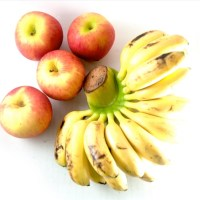 Benefit of eating Apple and Banana for Kids