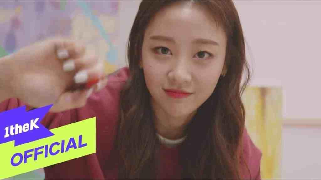 365 - 本月少女(이달의 소녀)(LOONA)