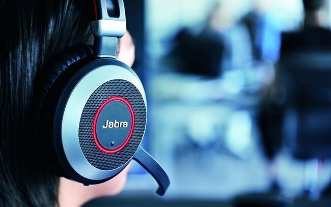 Jabra Evolve 80 over the ear