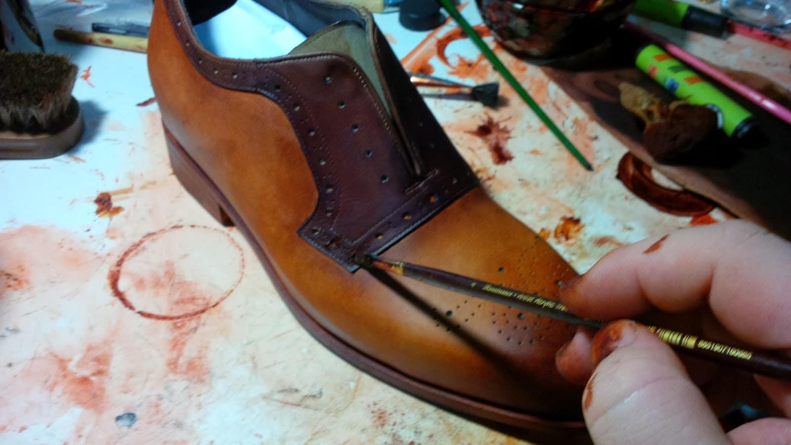 Teinture de veste en cuir