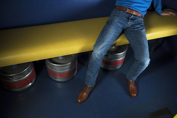 Oui on a prévu des ceintures qui vont avec d'autres modèles : ici avec notre derby plain toe fauve présentée hier - CLIQUEZ SUR L'IMAGE POUR L'AGRANDIR