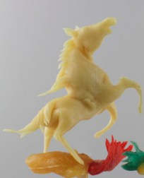 Candy Sculpture by Shan Ichiyanagi - Horse