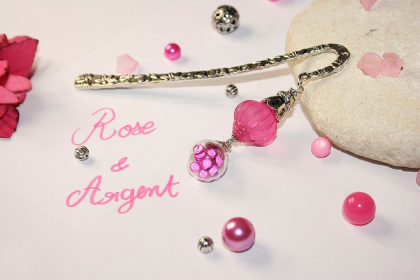 marque page oriental rose