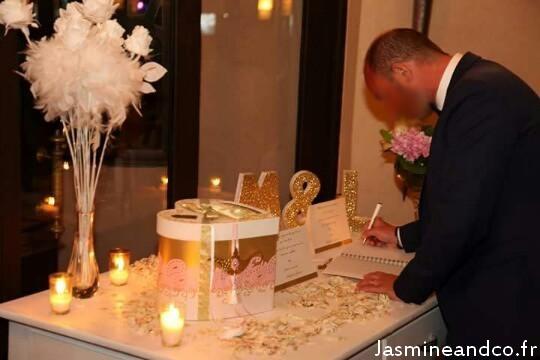 Mariage oriental or et blanc