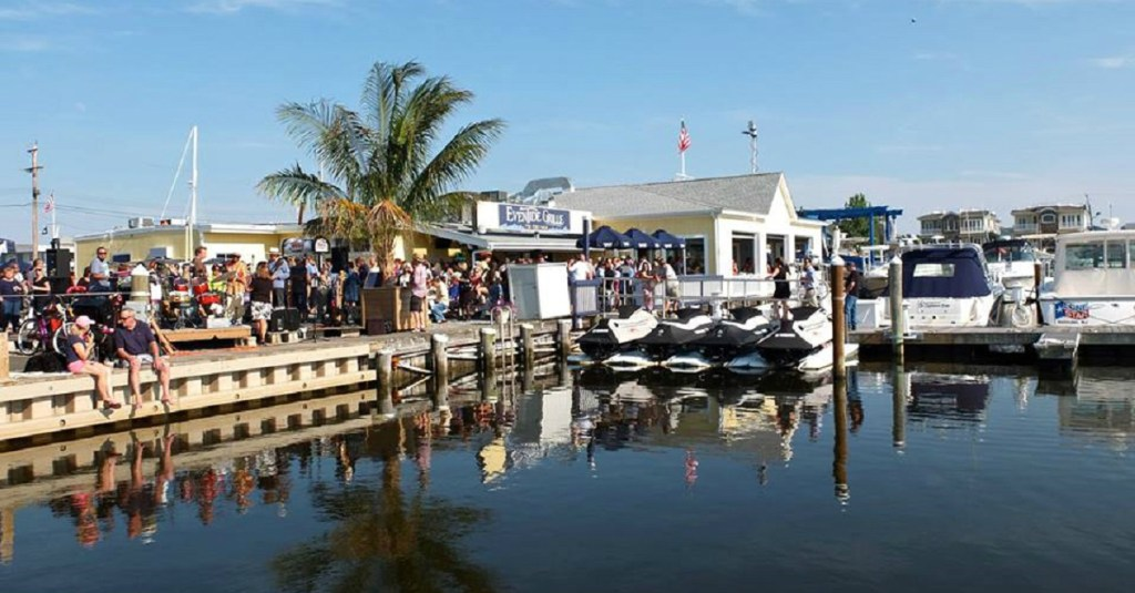 The Guide to Jersey Shore Dock and Dine Restaurants