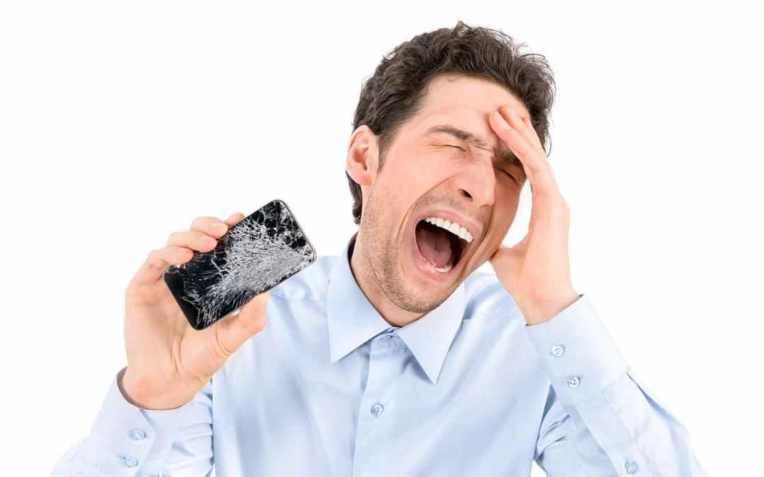 A Jesolo con lo schermo dell'iPhone rotto? Dammi un'ora e te lo riparo