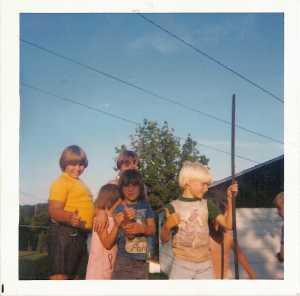 Neighborhood kids, August 1976