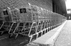 A bevásárláshoz kell: bevásárló kocsi