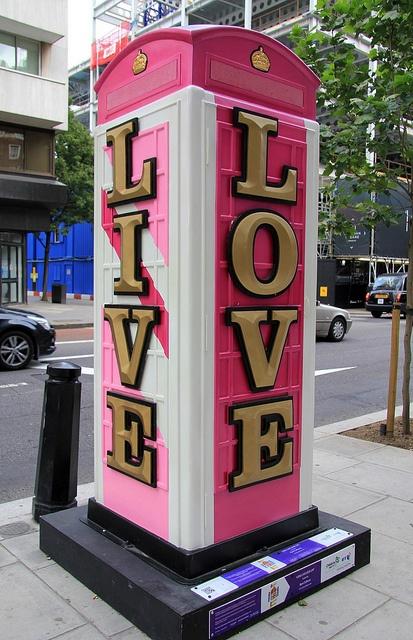 Cabina de teléfonos  Love