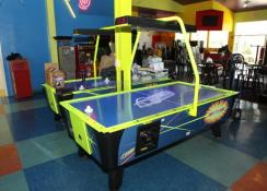 uk london birmingham manchester surrey hampshire hertford air hockey table arcade hire one night and party