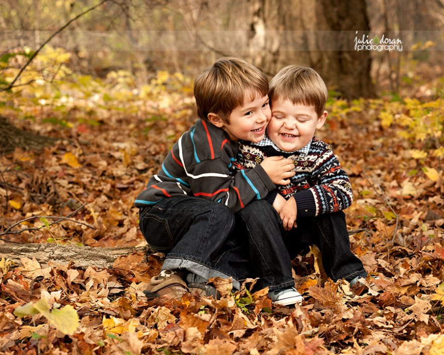 brothers_hugging