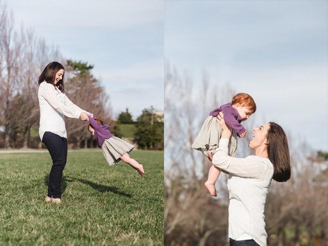 mom_swinging_daughter