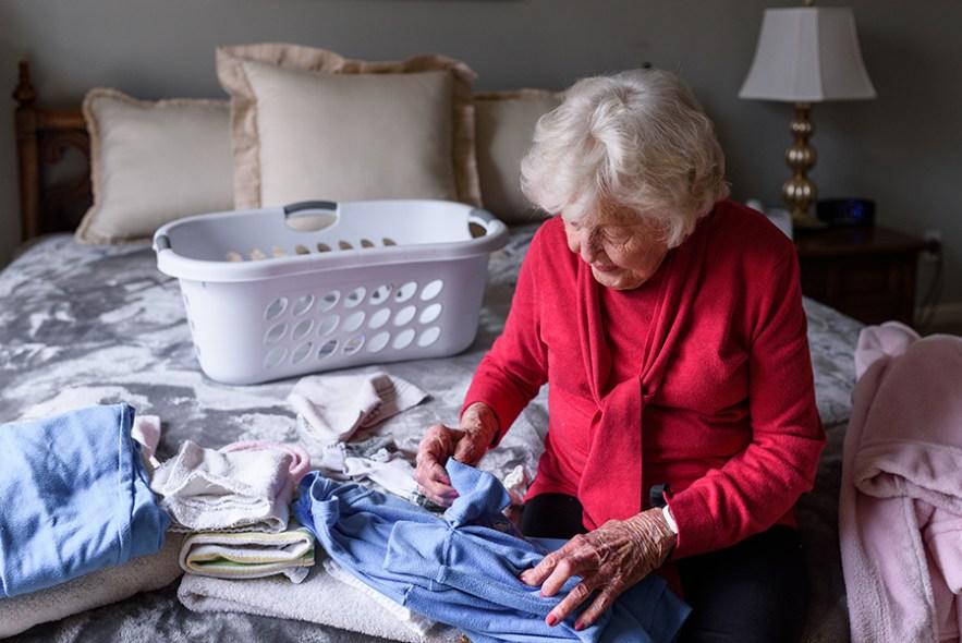 2020_grandma_dee_laundry-5978