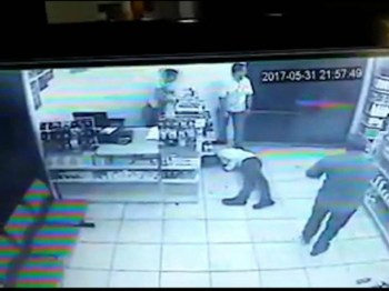Brazil store robbery video screenshot