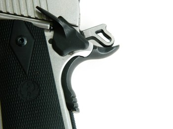 beavertail grip safety and extended slide lock safety