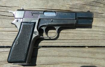 ex Israeli pistol Browning Hi-Power