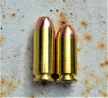 10mm cartridge versus .40 S&W cartridge