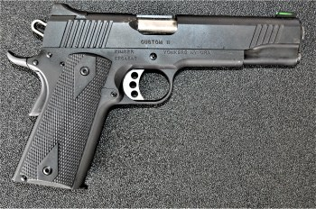 Kimber 10mm pistol right profile