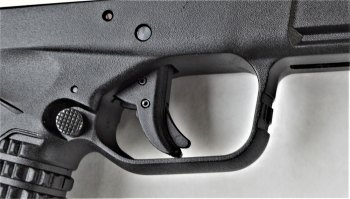 Trigger lever safety on the Springfield XD-S 4.0 pistol