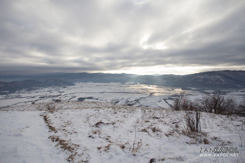 Cerkniško polje v snegu