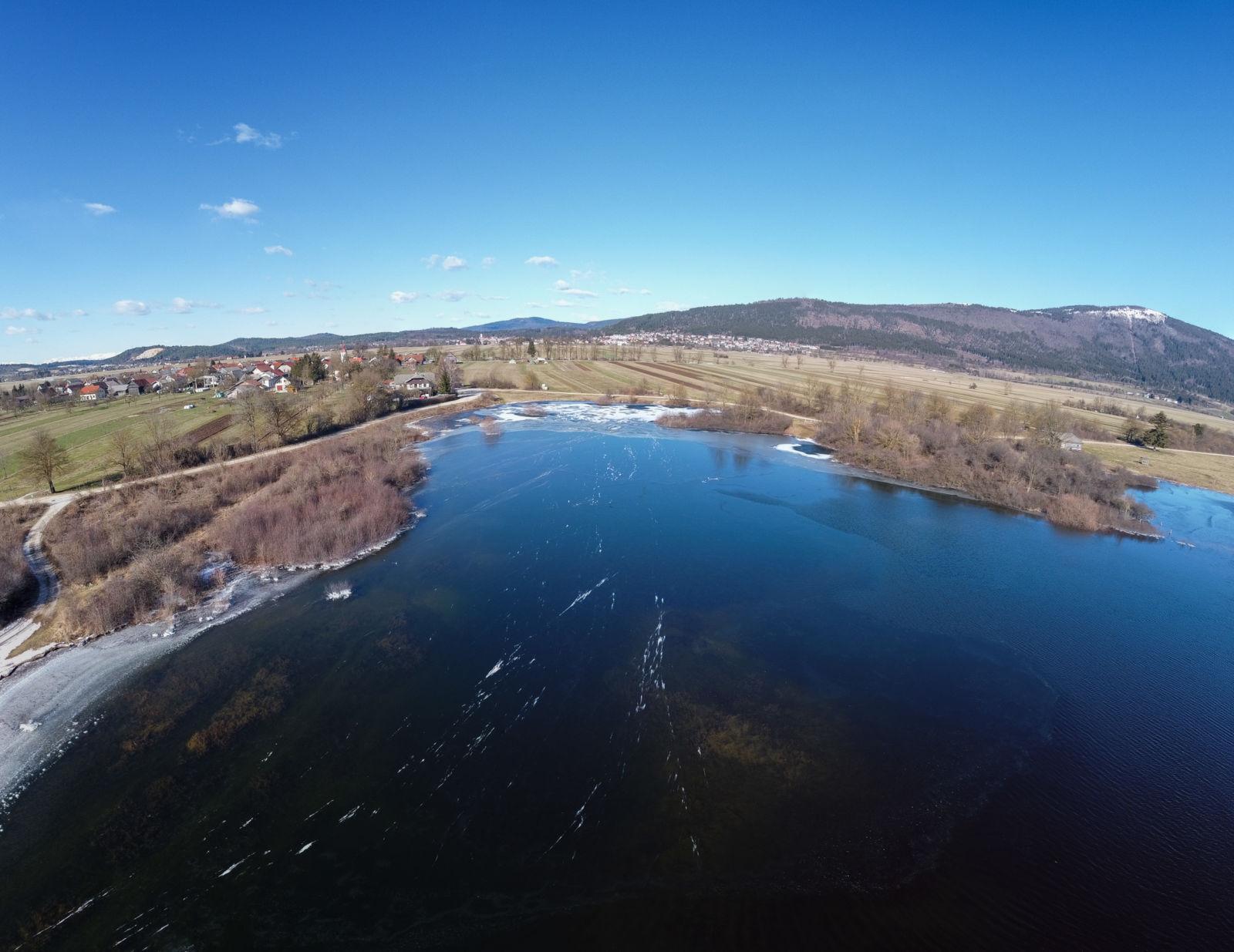 Rešeto iz zraka - poplava - Cerkniško jezero