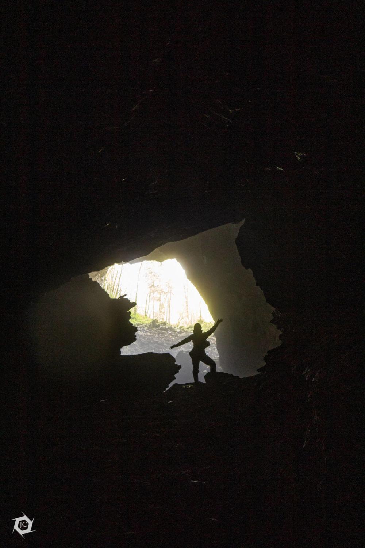 Pogled v severni izhod Vranje jame