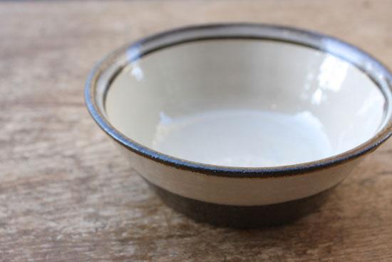 小代ふもと窯 シンプルな鉢