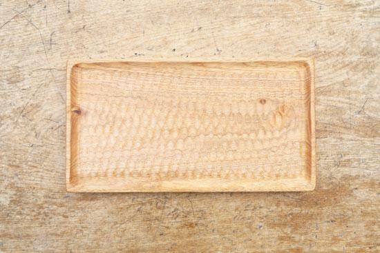 くるみの木のトレー 28cm x 15cm