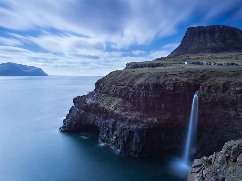 The-Faroe-Islands-archipelago-between-Norway-and-Iceland
