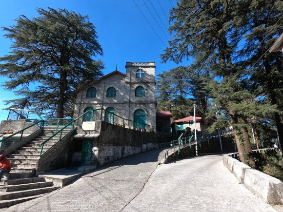 Landour Language School From the Front 1