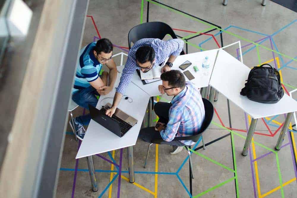 6 Alasan Bisnis Startup Lebih Memilih Menggunakan Coworking Space