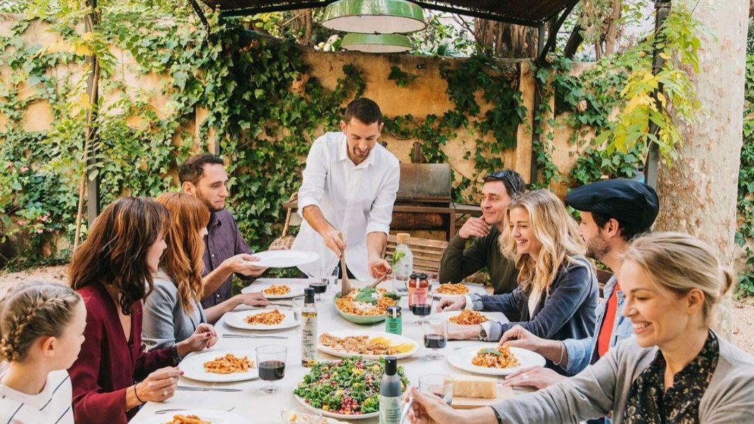 4 Hal yang Perlu Diperhatikan Ketika Menghadiri Acara Buka Bersama