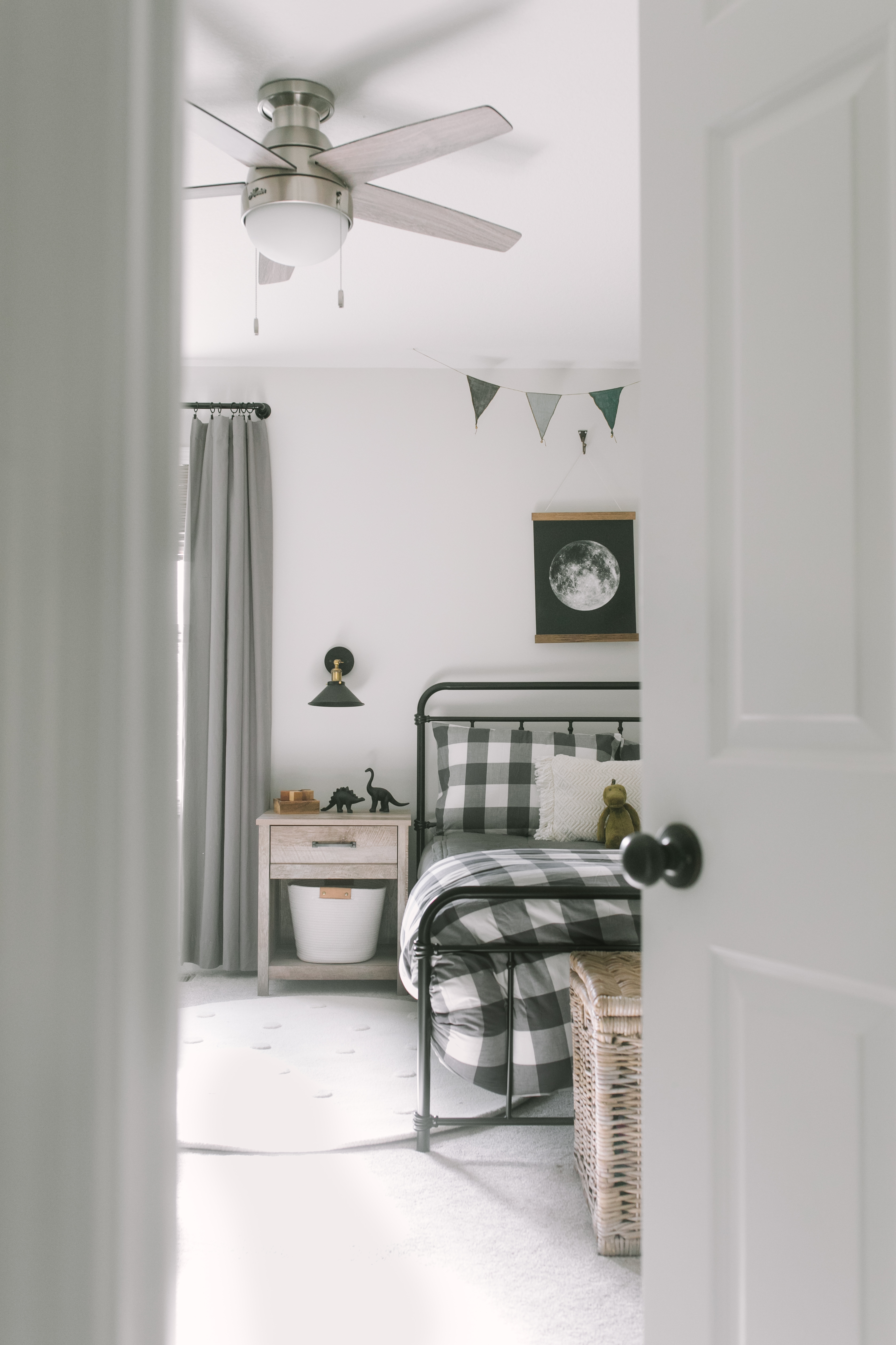 5 Tips For Transitioning Toddlers To Big Kid Beds Katie Lamb