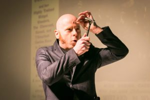 Albert Cadabra performing at the Atlas Obscura burlesque history lecture and cabaret performance
