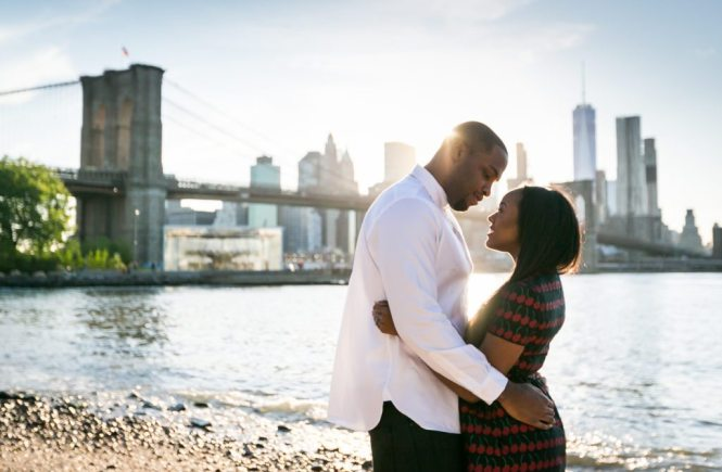 Brooklyn Bridge Park engagement photos by Brooklyn engagement photographer, Kelly Williams