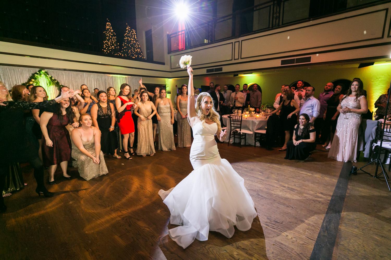 how dj lighting affects your wedding photos photo tips
