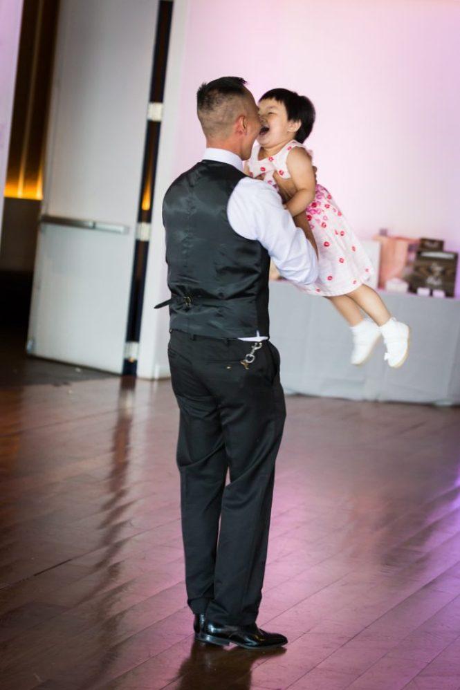 Dancing at a Maritime Parc wedding