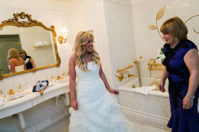 A Bergdorf Goodman wedding by NYC wedding photographer, Kelly Williams